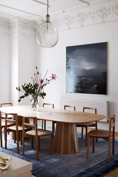 Dining room furniture ideas that are going to be one of the best dining room design sets of the year! Get inspired by these dining room lighting and furniture ideas! Dining Room Design, Dining Room Furniture, Furniture Ideas, Furniture Design, Furniture Dolly, Furniture Storage, Luxury Furniture, Chair Design, Modern Furniture