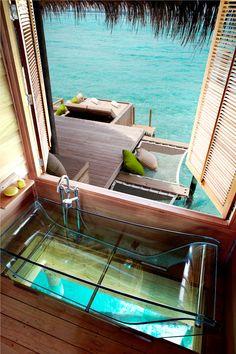 Glass bottom bathtub - Six Senses Laamu, Maldives