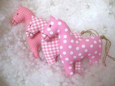 Já mám koně, růžový koně