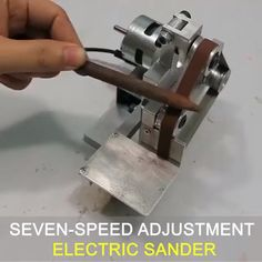 Fine accessories, reasonable design and high precision. Eccentric adjustment wheel to adjust the verticality of the sand belt. Fine workmanship, reasonable design, motor fan outlet, attention to detail. Woodshop Tools, Garage Tools, Easy Craft Projects, Woodworking Projects Diy, Woodworking Plans, Homemade Tools, Diy Tools, Metal Working Tools, Turning Tools
