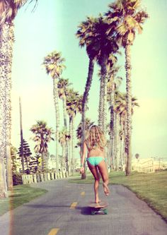 Skating in california #holidays #sun #palm