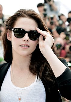 Ladies and gentlemen - Kristen Stewart