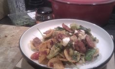 Chorizo, broccoli and goats cheese pasta. (with a few tomatoes, fresh ...