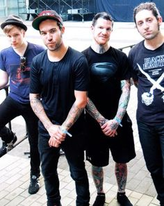 Fall Out Boy… ther soo cute Great Bands, Cool Bands, Fall Out Boy Songs, Save Rock And Roll, Soul Punk, Patrick Stump, Young Blood, Pete Wentz, Paramore