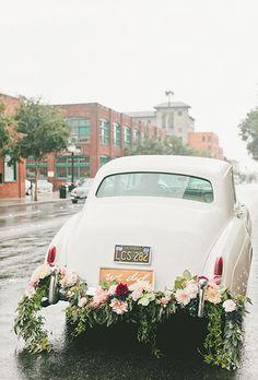 A vintage car is the perfect reception getaway vehicle | Brides.com