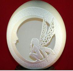 Oeuf d'autruche taillées et sculptées Shell fée / lune par 1eggman