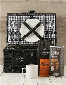 This gourmet picnic basket is the perfect gift for a coffee lover. The black willow basket is packed with Angels nougat biscuits, Dutch chocolate coffee, and more! Send the picnic gift nationwide via NetFlorist. Gift Hampers, Gift Baskets, Picnic Gift Basket, Great Date Ideas, Same Day Delivery Service, Indoor Picnic, Buy Coffee Beans, Coffee Delivery, Picnic Style