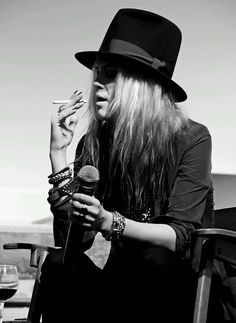 """""""I think things are beautiful when you don't plan them, and you don't have any expectations, and you're not trying to get somewhere in particular."""" Alison Mosshart"""