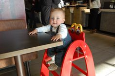 La Chaise Haute Mcdonald's #happybabychair #mcdonalds #kids #chaisehaute #restaurant