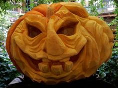 Awesome! Could paper-mache this, too, Stolloween style!
