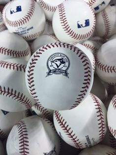 wholesale dealer 94548 0a6e6 Toronto Blue Jays 40th season baseballs