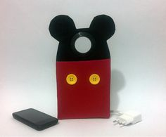Felt Crafts, Fabric Crafts, Diy Crafts, Arts And Crafts, Felt Phone, Sewing Projects, Projects To Try, Mickey Mouse Birthday, Glasses Case