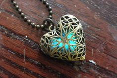 Gorgeous necklace.. Put a glow in the dark rock inside