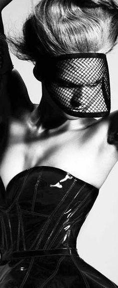 Editorial - Portrait - Fashion - Black Net Veil - Black Latex - Black and White Photography Dark Fashion, Fashion Art, Fashion Beauty, White Fashion, White Editorial, Editorial Fashion, Editorial Photography, Fashion Photography, Vogue
