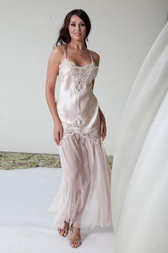 Luxury Silk & Chiffon Nightdress Jane Woolrich 7073 - dreamy mix of silk satin and silk chiffon with gorgeous French leavers lace.