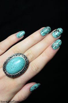 water-spotted nails liloo www.bijouxcherie.com bijoux bague ethnique chic - ethnic ring hobo jewellery