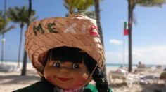 Ayy! How cute is this little doll? Beautiful Mexican skyline!