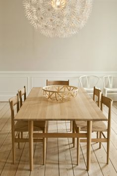 Dining room featuring the CH327 DINING TABLE and the CH36 DINING CHAIR by Hans J. Wegner.