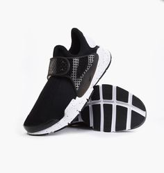 buy online b8de8 98963 Nike Sock Dart SE Nike 833124-001 235105