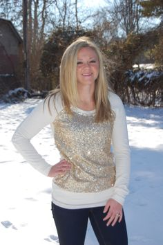 Born to Shine - $48.50 available in S, M Made of 60% Cotton, 35% Polyester, 5% Spandex. Model is wearing a size S.