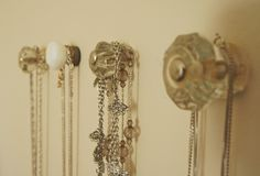 LOVE this door nob idea for displaying and organizing jewelry- but unsure of how my wall will be after all the holes!