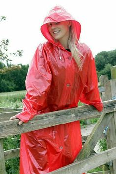 52622ec127bc1a0c3ead6d86cbcfad53.jpg (638×960) #RaincoatsForWomenBeautiful #RaincoatsForWomenFashion