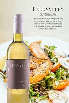 ReedValley Wine in South Africa offers reds that are dark and spicy, yet elegant, and fresh and fruity whites, perfect for everyday enjoyment. Sauvignon Blanc, Wine Drinks, Wines, Crisp, Spicy, Fruit, Food, Essen, Meals
