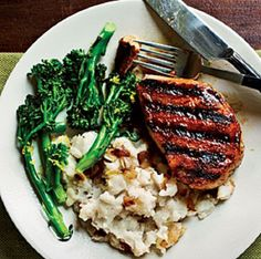 Smoky Pan Grilled Pork Chops Recipe: Smoky Pan Grilled Pork Chops