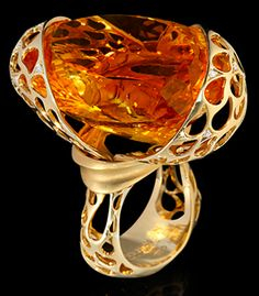 Mousson Atelier The Net Collection Gold 750 Citrine and Diamond Ring featuring Citrine and Diamond; Unusual Rings, Unusual Jewelry, Amber Jewelry, Jewelry Art, Fine Jewelry, Fashion Jewelry, Yellow Jewelry, Sparkly Jewelry, Diamond Jewelry
