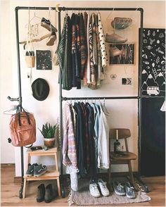 where we share loads of small space and tiny house inspiration and decor tips! where we share loads of small space and tiny house inspiration and decor tips!