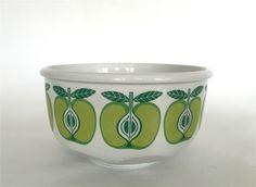 Vintage Arabia Finland  Pomona  Mediun Size Apple Bowl. Raija Uosikkinen 1960s Finland, 1960s, Apple, Tableware, Vintage, Design, Apple Fruit, Dinnerware, Tablewares