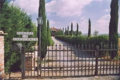Tuscany Country house Le Manzinaie: apartments in villa, Montepulciano, Italy