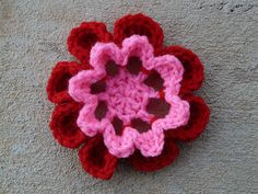 Crochet square 32 with a crochet flower center, crochetbug, crochet flowers, textured crochet flowers, 101 crochet squares, jean leinhauser