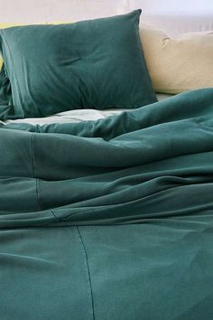 Slide View: 3: Faded Ribbed Jersey Comforter