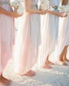 Beachy bridesmaids!