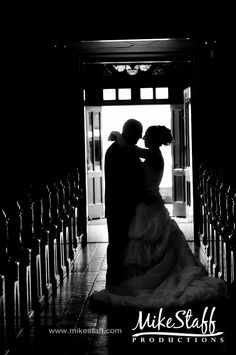 #wedding pictures #romantics #wedding poses #wedding couple #bridal pictures #Michigan wedding #Mike Staff Productions #wedding photography www.mikestaff.com...