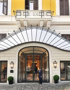 Welcome to Hotel Eden, Rome