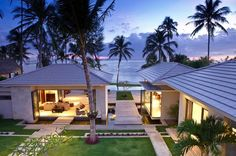 Inasia Beach Villa is an elegant contemporary Thai retreat with a panoramic vision over the Five Island beach. Inasia Beach Villa is in Lipa Noi, Koh Samui. Villa Design, House Design, Thai House, Villas, Conception Villa, House Seasons, Villa Pool, Koh Samui Thailand, Ko Samui
