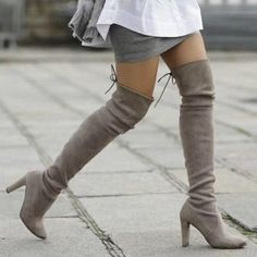 Dr Shoes, Cute Shoes, Knee High Boots, Over The Knee Boots, Long Boots, Thigh High Boots Outfit, Knee Stretches, How To Stretch Boots, Steve Madden Shoes
