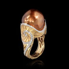 Mousson Atelier Eden Collection Sea Horse Ring   Yellow gold, Baroque pearl, Diamonds