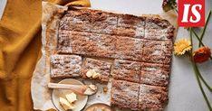 Peltiteeleipä on hetkessä valmis uuniin Graham, Banana Bread, Desserts, Food, Drinks, Tailgate Desserts, Drinking, Deserts, Beverages