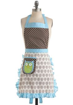 Old Fashioned Aprons, Oven Mitts and Gloves for Sale: Cooking Owl Day Apron from ModCloth $27.99   #apron #vintage #retro