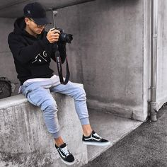 29 Ideas How to Wear Vans Outfits Men cool Vital Pieces of Ideas How to Wear Vans Outfits Men Facts, Fiction and Ideas How to Wear Vans Outfits Men Casual and tasteful styles have a tendency to. Tomboy Fashion, Streetwear Fashion, Mens Fashion, Fashion Outfits, Estilo Fashion, Mode Outfits, Casual Outfits, Vans Outfit Men, Moda Men