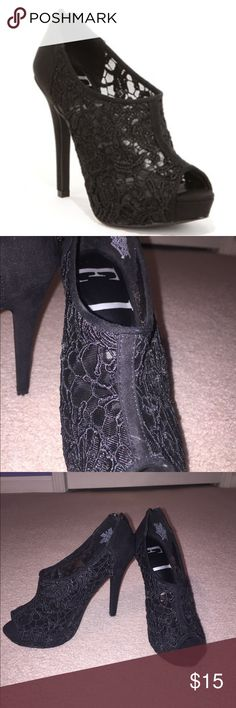 New !! Elle lace suede heels Elle lace heels in a size 6 never worn ! elle Shoes Heels