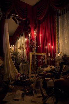 Gothic Interior, Gothic Aesthetic, Witch Aesthetic, Gothic House, Victorian Gothic Decor, Victorian Interiors, Hogwarts, Decoration, Dark