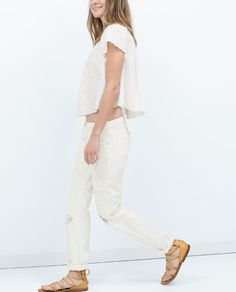 Imagem 3 de TOP OMBROS DESCOBERTOS da Zara