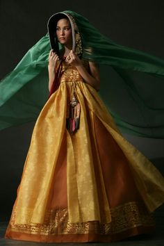 Modern Hanbok - gold chima, with green chima overhead Korean Traditional Dress, Traditional Fashion, Traditional Dresses, Korean Dress, Korean Outfits, Korean Fashion Trends, Asian Fashion, Fashion Pics, Kpop Fashion