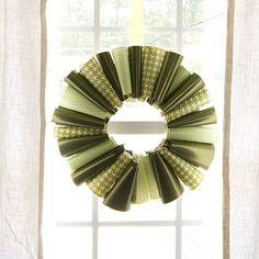 Paper #Christmas Wreath