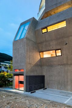 Busan Times House by Moon Hoon / Korea