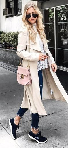 fall+fashion+trends+/+nude+coat+++bag+++lacer+top+++jeans+++sneakers